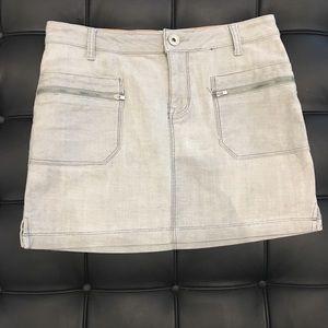 DKNY Jeans Mini Skirt Grey Wash Denim Size 6